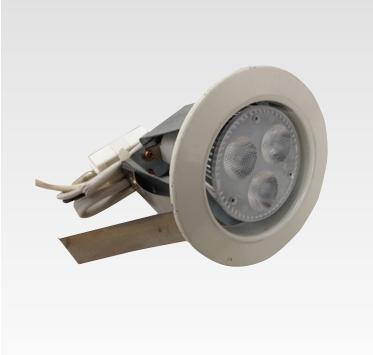 AVL-L28W ダウンライト白 φ75(開口寸)H100(設営費込)